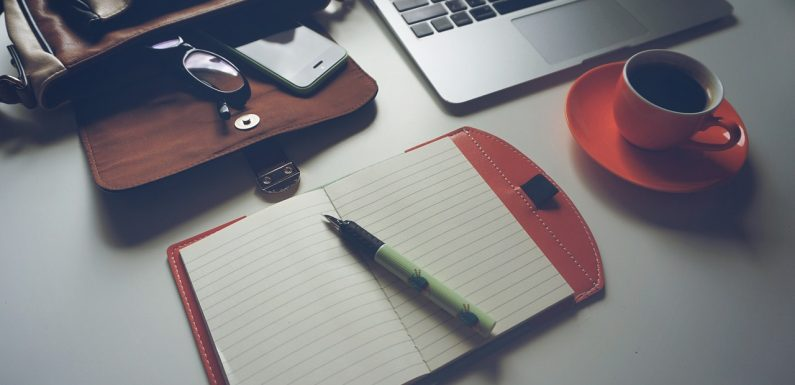 Laptop Iphone Coffee Mauris Notebook